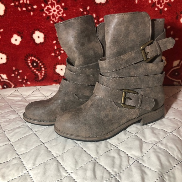 Crown Vintage Ronnie Boots